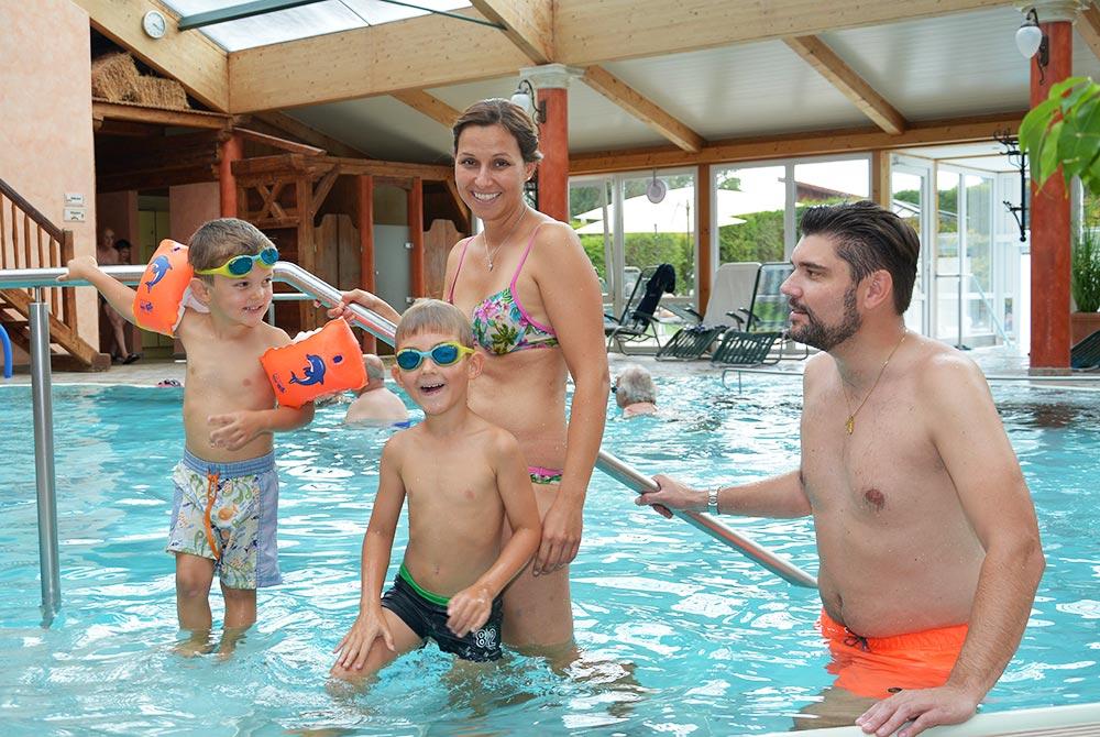 Das Hallenbad auf dem Campingplatz Arterhof ist auch für Kinder geeignet