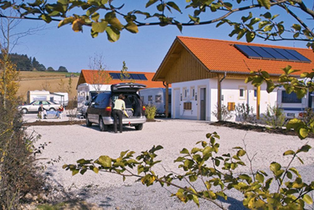 Gutshofstellplatz auf dem Arterhof in Bad Birnbach mit eigenem Bad am Stellplatz