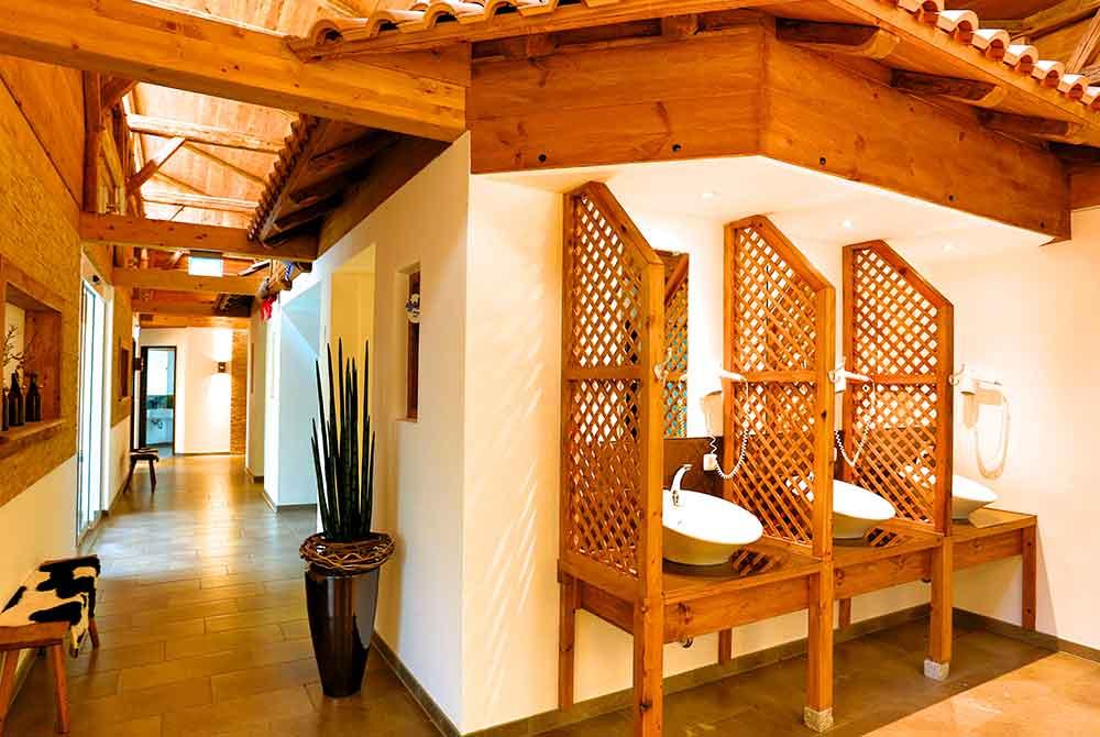 Modern ausgestattetes Waschhaus