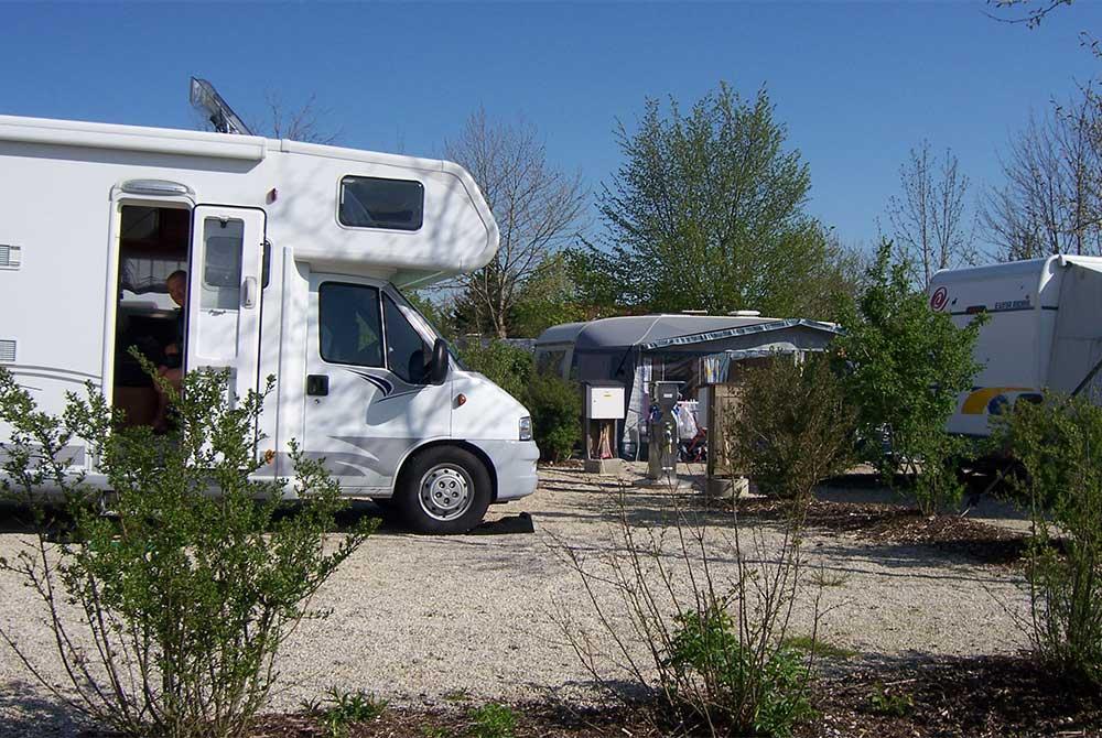 Moderne Campingplatze mit Gasanschluss