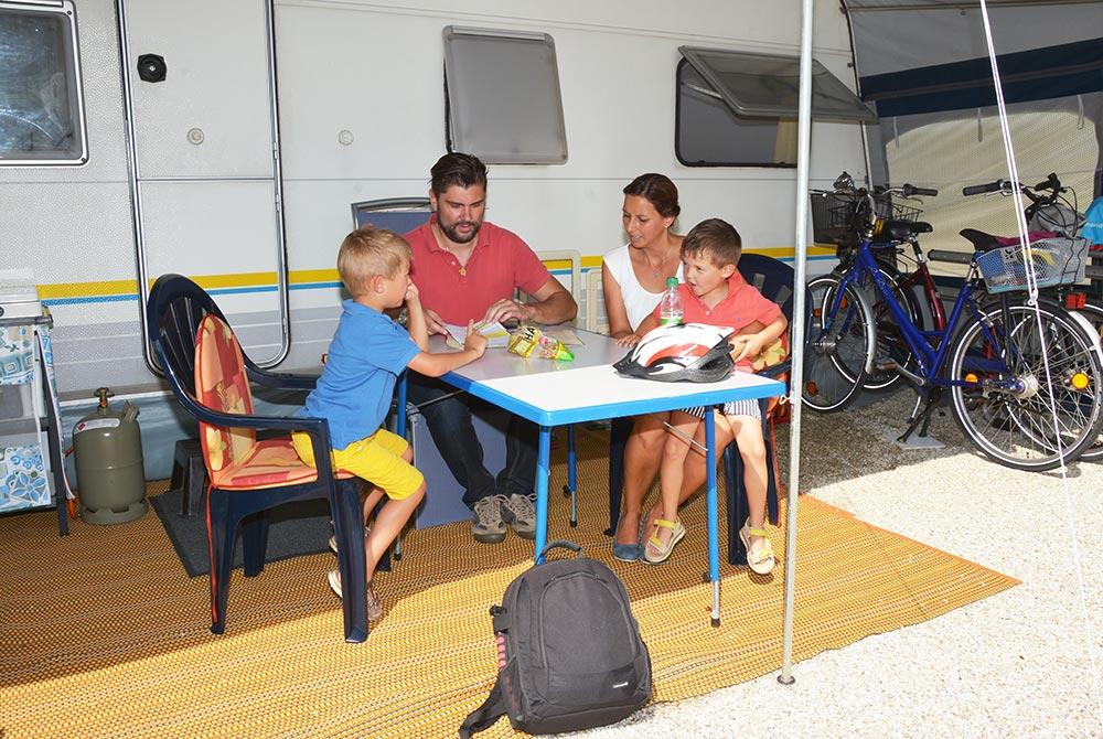 Campingurlaub mit Kindern auf dem Arterhof